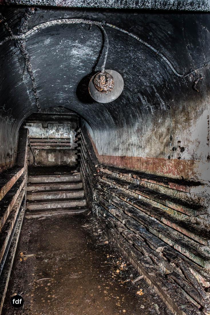Mont-des-Welches-Maginot-Linie-Bunker-Dark-Place-Armee-Frankreich-Weltkrieg-104.jpg