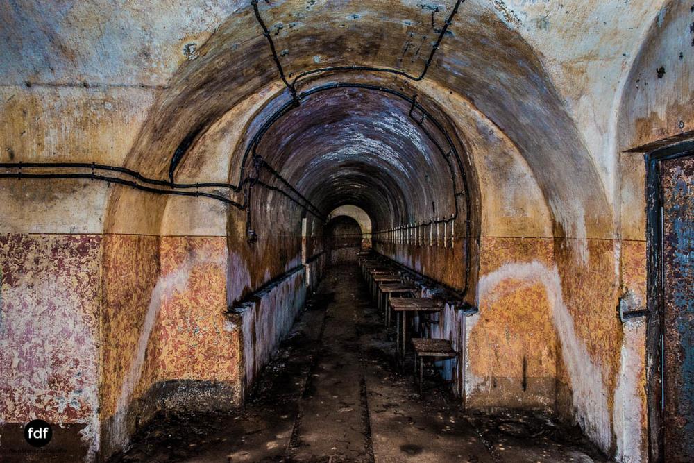 Mont-des-Welches-Maginot-Linie-Bunker-Dark-Place-Armee-Frankreich-Weltkrieg-110.jpg