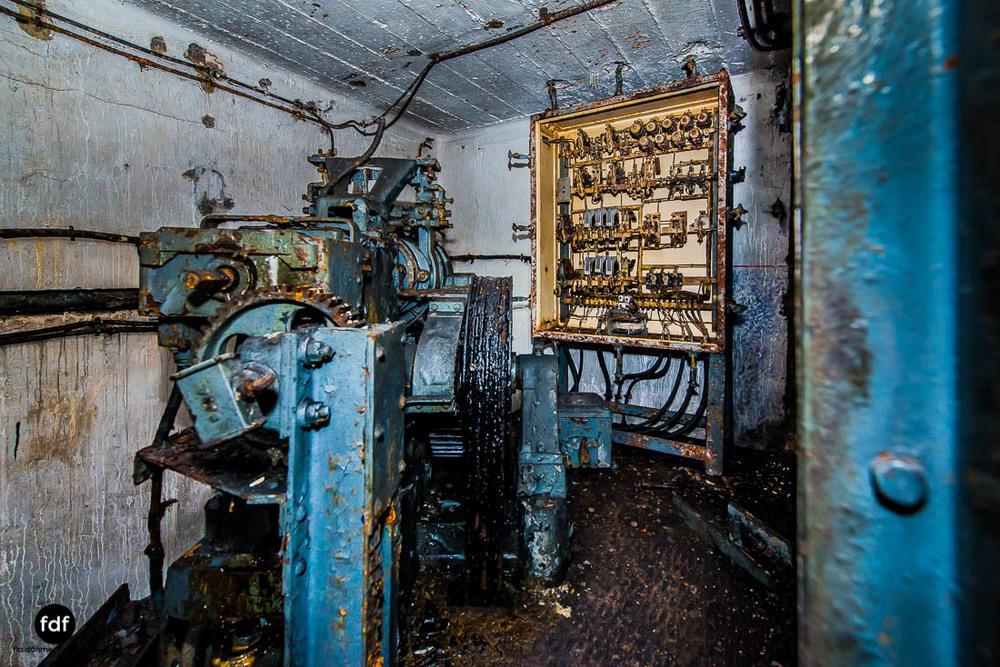 Mont-des-Welches-Maginot-Linie-Bunker-Dark-Place-Armee-Frankreich-Weltkrieg-114.jpg