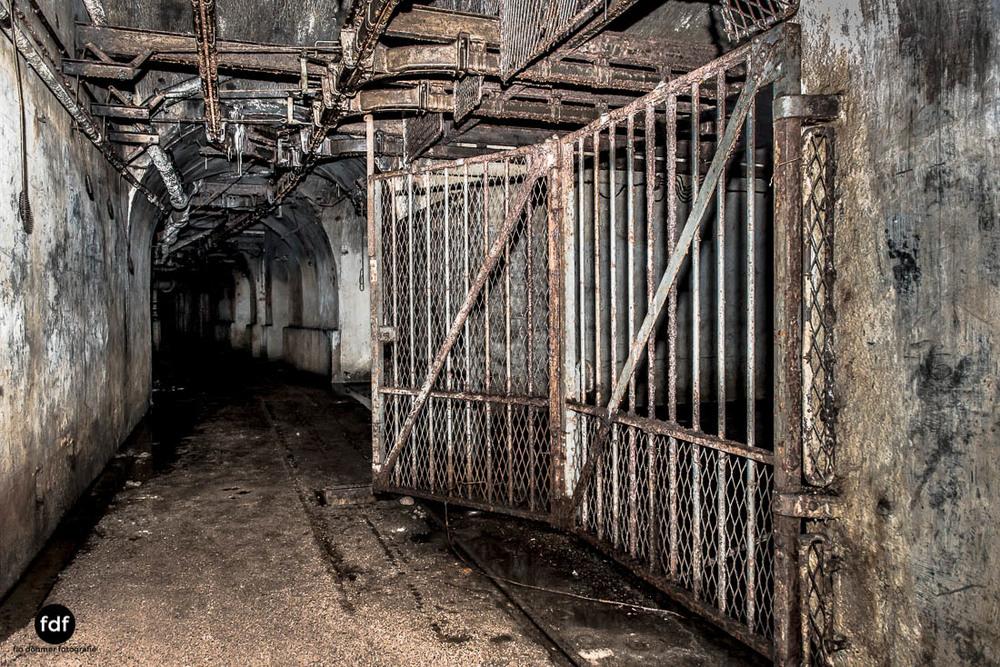 Mont-des-Welches-Maginot-Linie-Bunker-Dark-Place-Armee-Frankreich-Weltkrieg-116.jpg