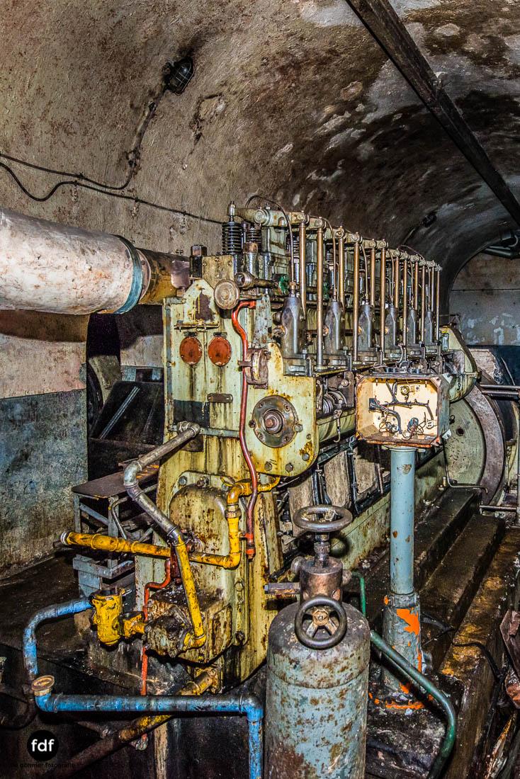 Brehain-Maginot-Linie-Bunker-Dark-Place-Unterirdisch-Armee-Frankreich-Weltkrieg-99.jpg