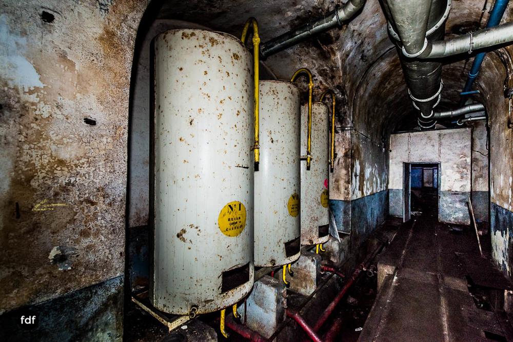 Brehain-Maginot-Linie-Bunker-Dark-Place-Unterirdisch-Armee-Frankreich-Weltkrieg-103.jpg