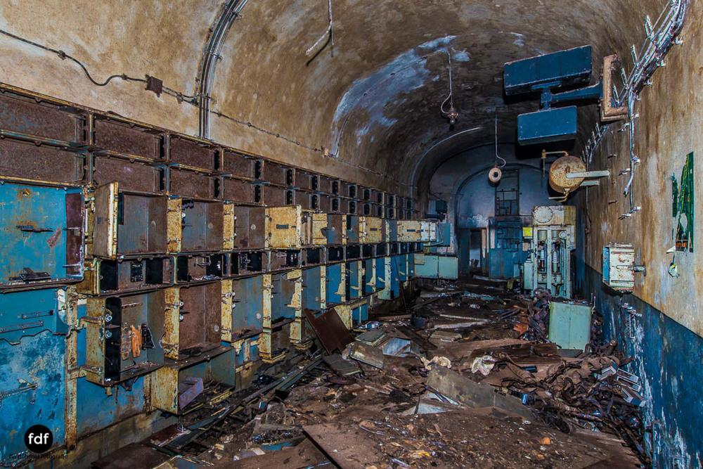 Brehain-Maginot-Linie-Bunker-Dark-Place-Unterirdisch-Armee-Frankreich-Weltkrieg-104.jpg