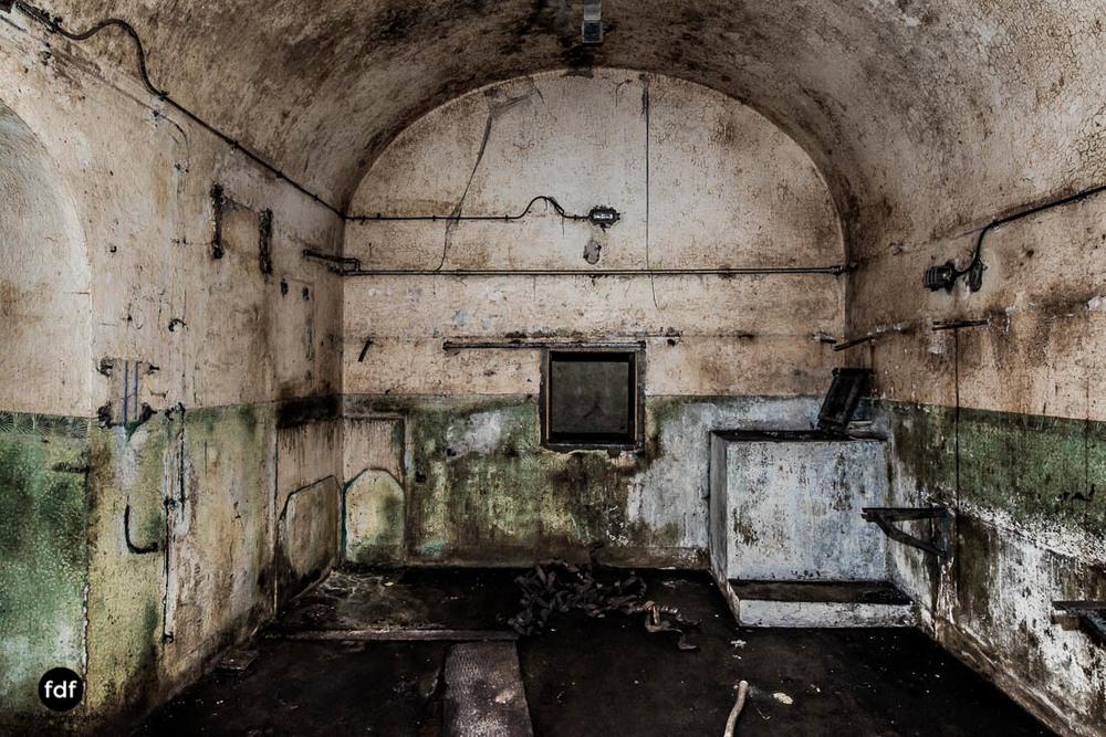 Brehain-Maginot-Linie-Bunker-Dark-Place-Unterirdisch-Armee-Frankreich-Weltkrieg-115.jpg
