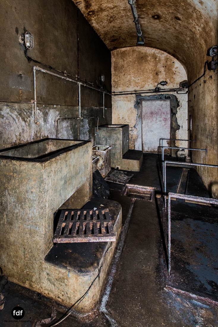 Brehain-Maginot-Linie-Bunker-Dark-Place-Unterirdisch-Armee-Frankreich-Weltkrieg-116.jpg