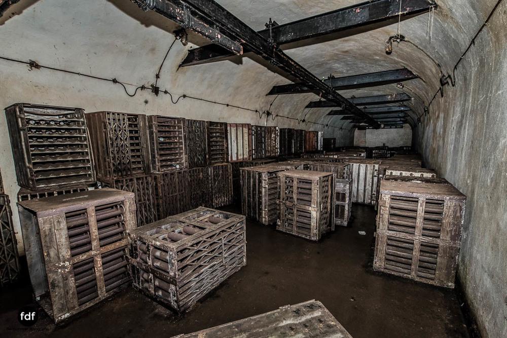 Brehain-Maginot-Linie-Bunker-Dark-Place-Unterirdisch-Armee-Frankreich-Weltkrieg-120.jpg