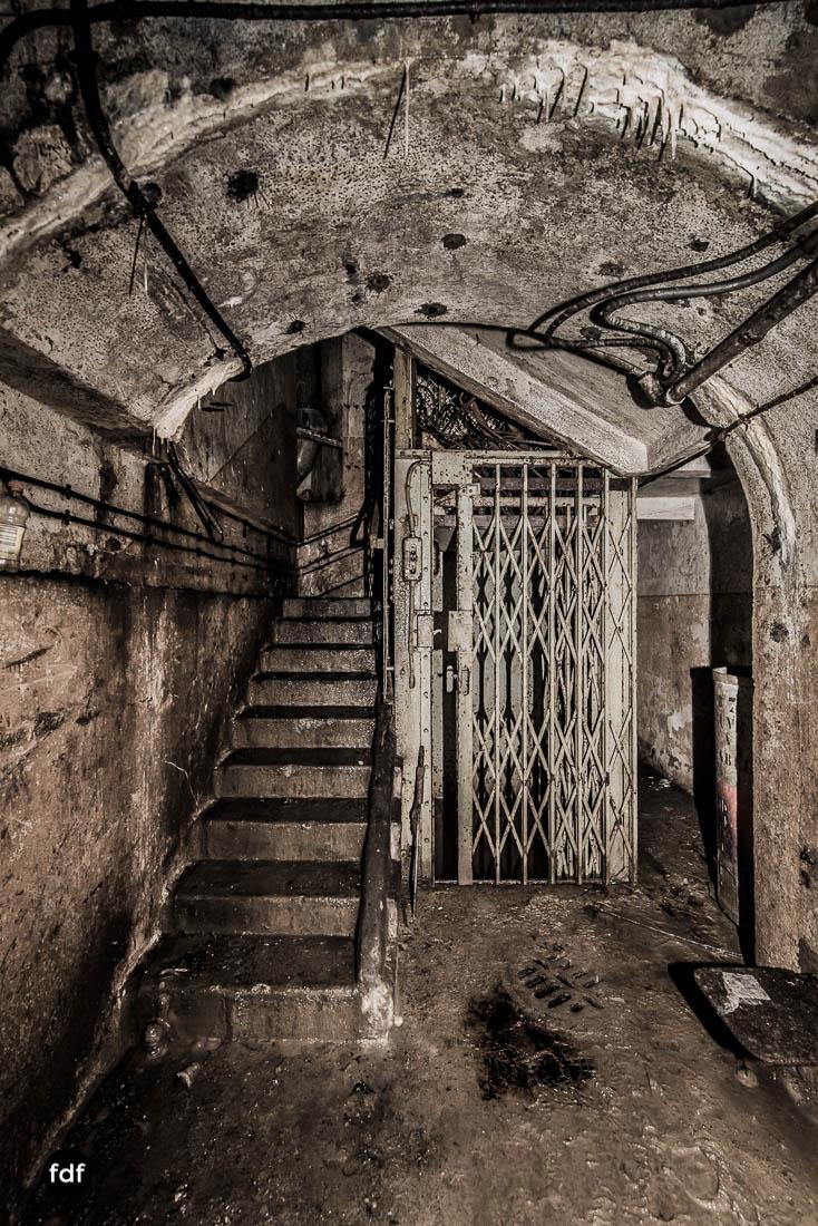 Brehain-Maginot-Linie-Bunker-Dark-Place-Unterirdisch-Armee-Frankreich-Weltkrieg-131.jpg