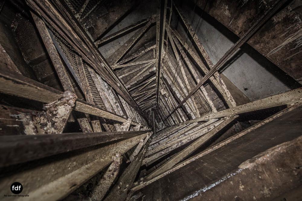 Brehain-Maginot-Linie-Bunker-Dark-Place-Unterirdisch-Armee-Frankreich-Weltkrieg-135.jpg