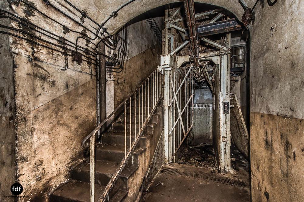 Brehain-Maginot-Linie-Bunker-Dark-Place-Unterirdisch-Armee-Frankreich-Weltkrieg-137.jpg