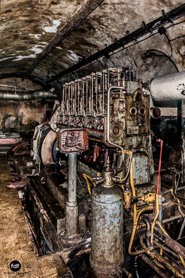 Latiremont-Maginot-Linie-Bunker-Dark-Place-Unterirdisch-Armee-Frankreich-Weltkrieg-103.jpg