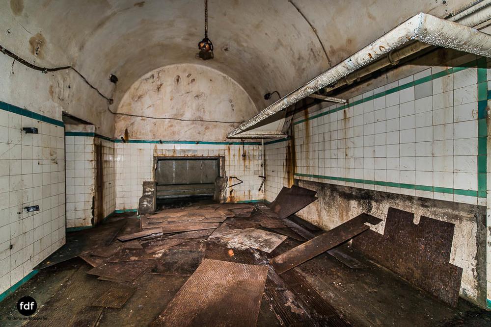 Latiremont-Maginot-Linie-Bunker-Dark-Place-Unterirdisch-Armee-Frankreich-Weltkrieg-110.jpg