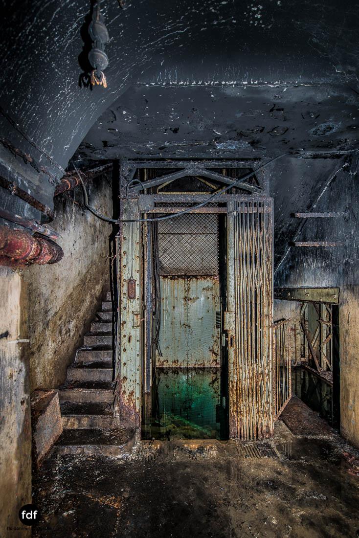 Latiremont-Maginot-Linie-Bunker-Dark-Place-Unterirdisch-Armee-Frankreich-Weltkrieg-115.jpg