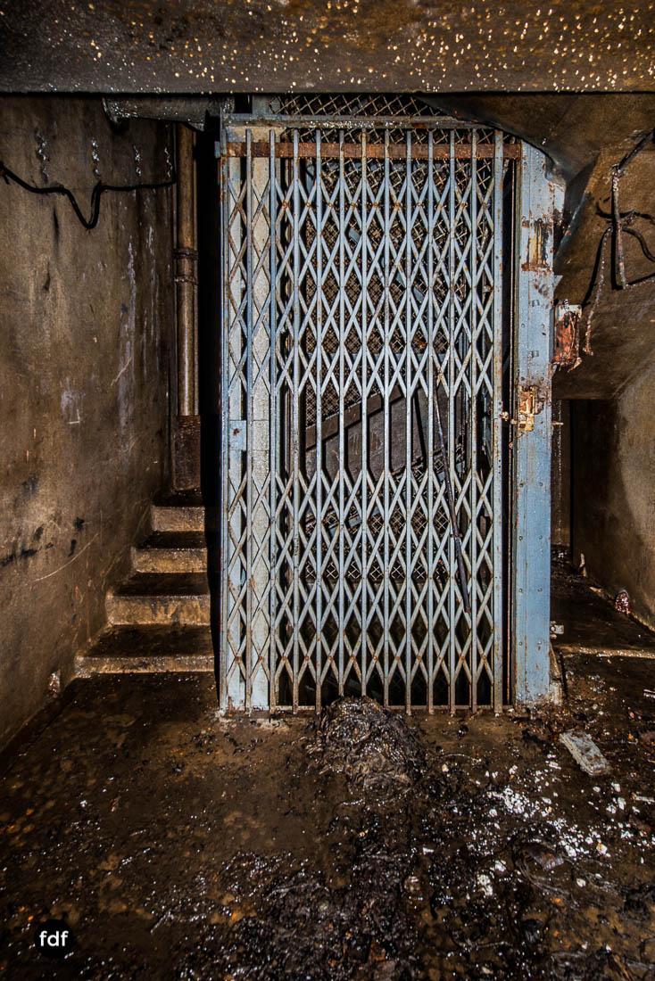 Latiremont-Maginot-Linie-Bunker-Dark-Place-Unterirdisch-Armee-Frankreich-Weltkrieg-130.jpg