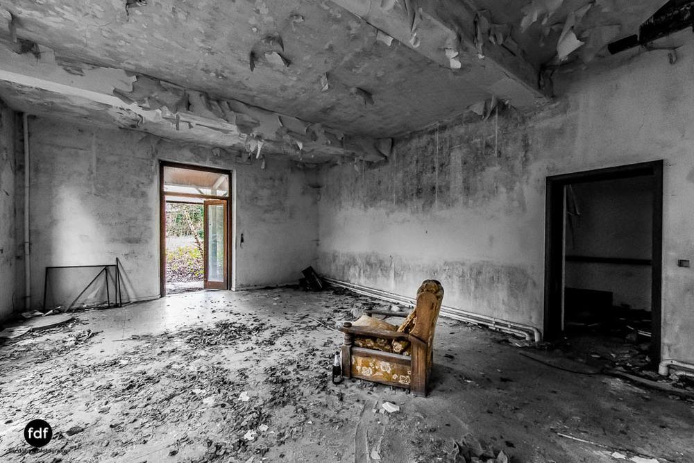 Agnus-Dei-Urbex-Lost-Place-Klinik-Altenheim-Verfall-Belgien-104.jpg