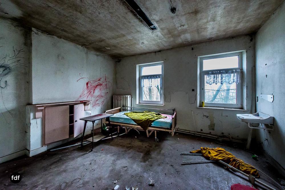 Agnus-Dei-Urbex-Lost-Place-Klinik-Altenheim-Verfall-Belgien-110.jpg