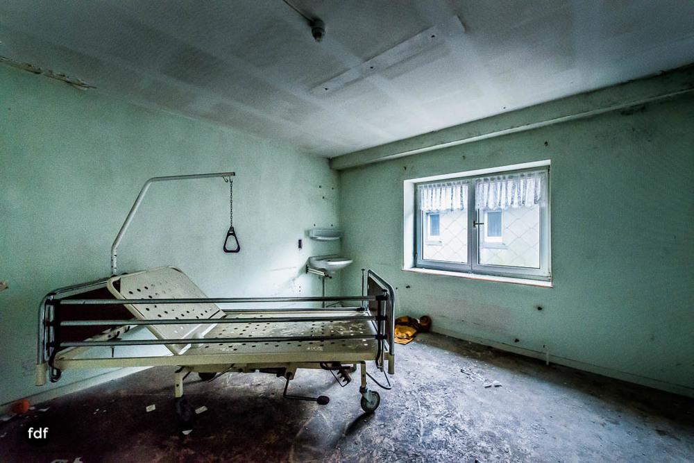 Agnus-Dei-Urbex-Lost-Place-Klinik-Altenheim-Verfall-Belgien-112.jpg