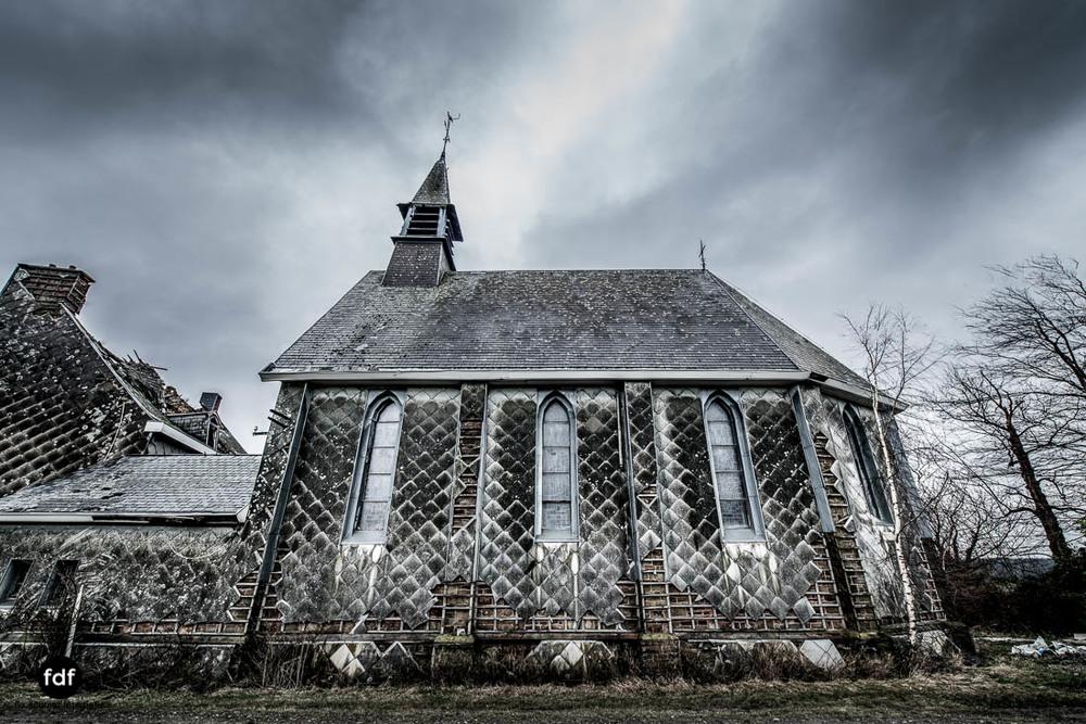 Agnus-Dei-Urbex-Lost-Place-Klinik-Altenheim-Verfall-Belgien-119.jpg