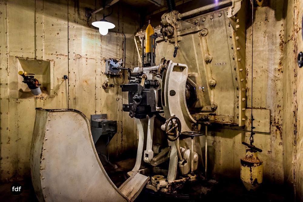 Hackenberg-Maginot-Linie-Gros-Ouvrage-Bunker-Dark-Place-Weltkrieg-Frankreich-224.jpg