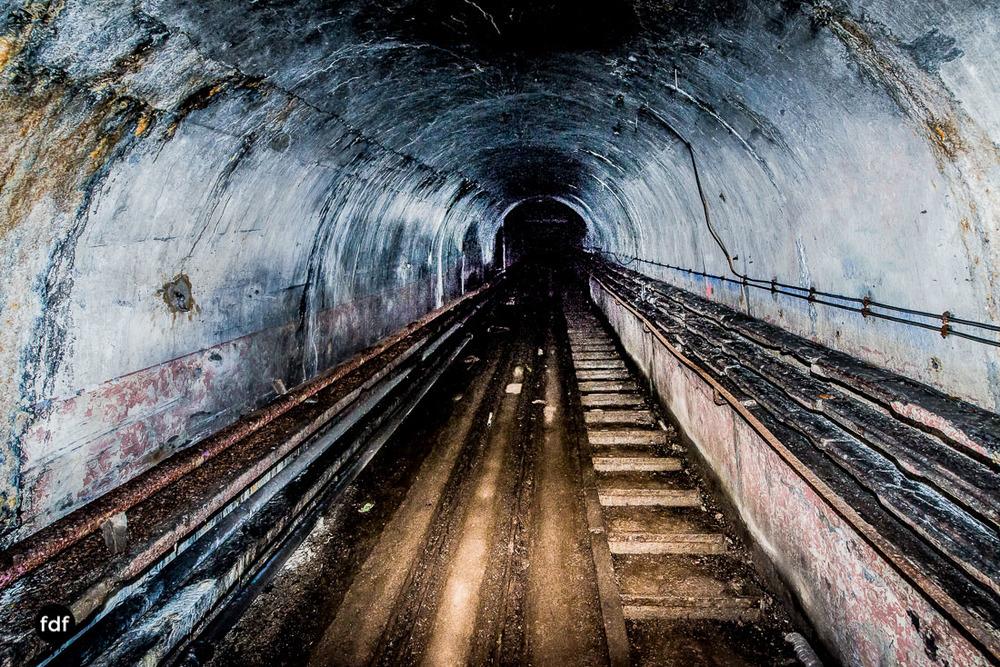 Mont-des-Welches-Maginot-Linie-Bunker-Dark-Place-Armee-Frankreich-Weltkrieg-300.jpg