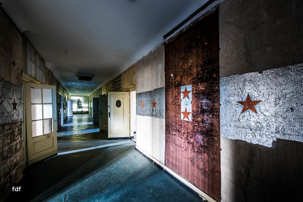 Wünsdorf-Kaserne-Sowjet-Lost-Place-Urbex-Lenin-137-9.jpg