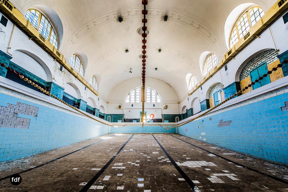 Wünsdorf-Kaserne-Sowjet-Lost-Place-Urbex-Lenin-399-30.jpg