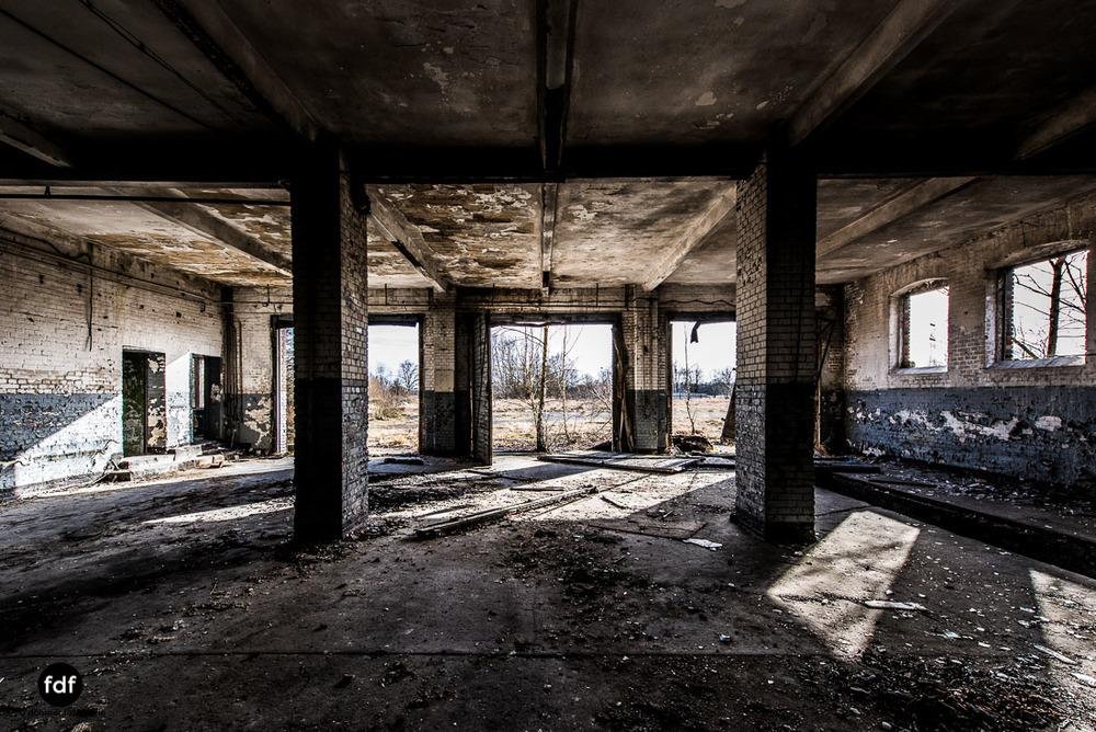 Schönfelde-Flugplatz-Sowjet-Kaserne-Lost-Place-39.jpg