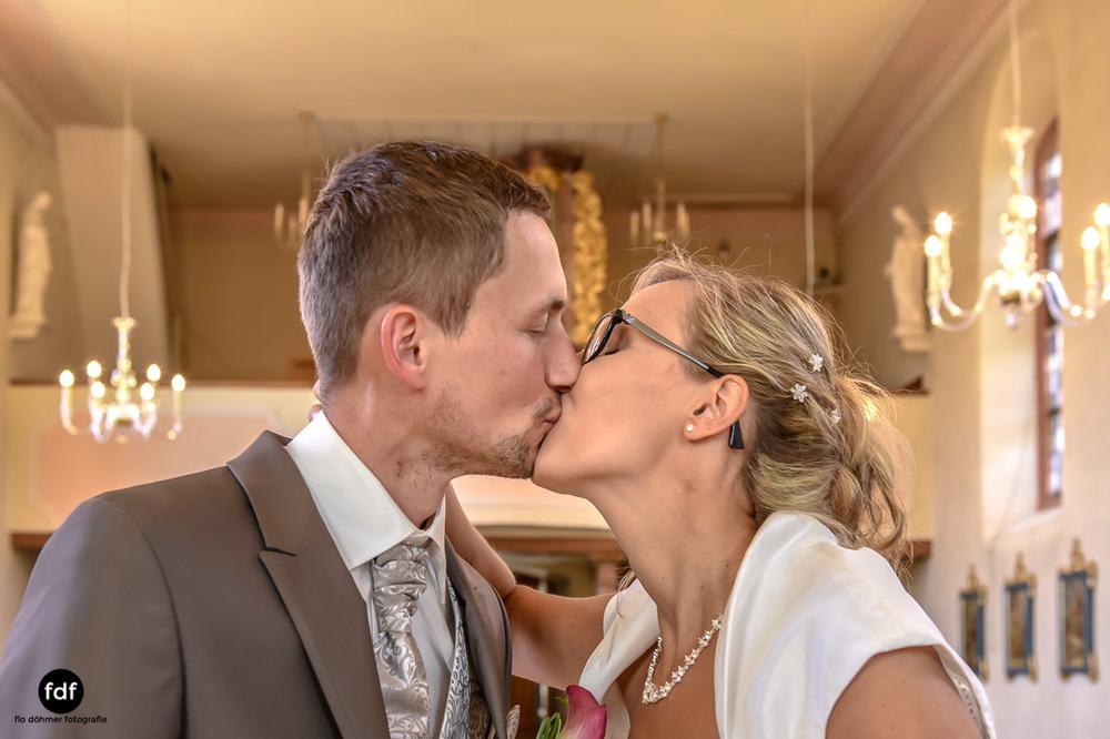 Hochzeit-im-Mai-Reportage-Kirche-637.jpg