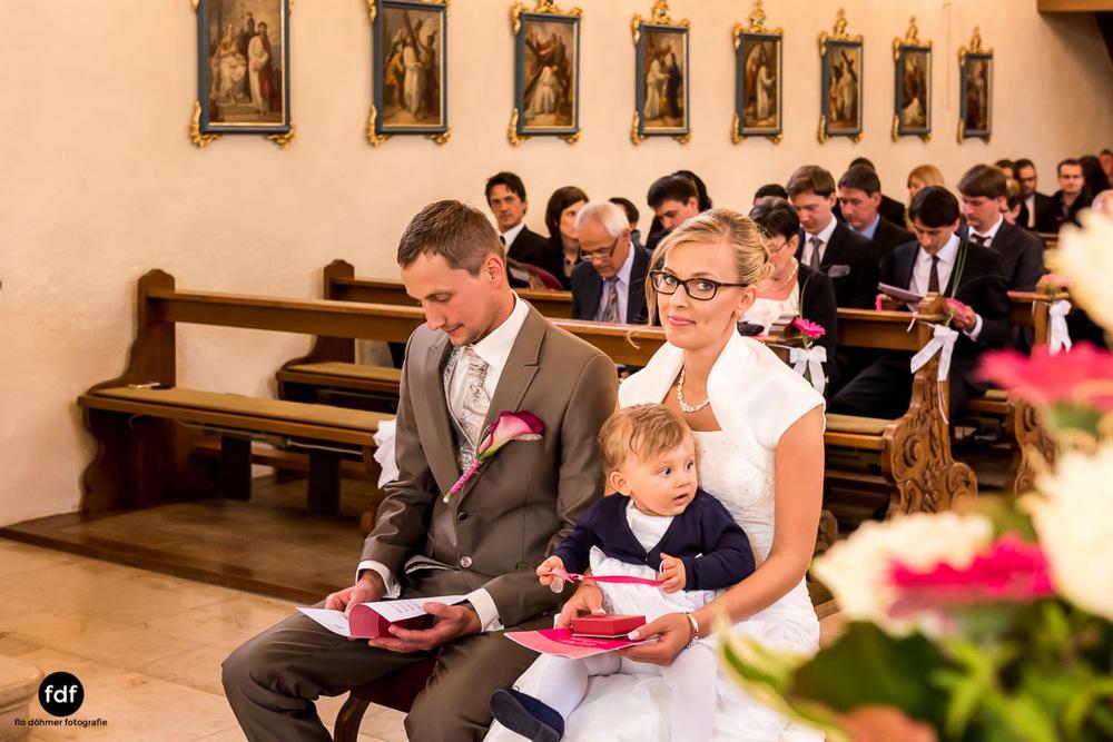 Hochzeit-im-Mai-Reportage-Kirche-747.jpg