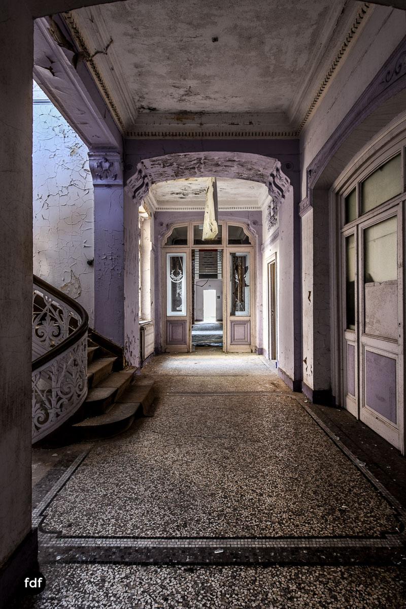 Alla-Italia-Urbex-Lost-Place-Therme-Bains-Bad-Belgien-138.jpg