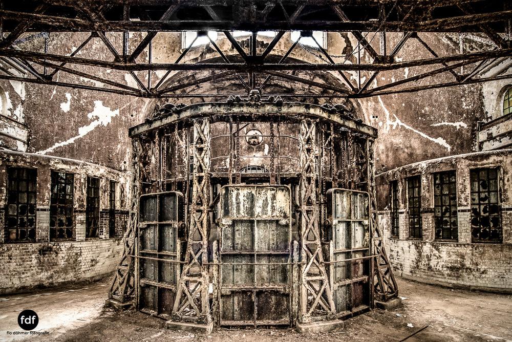 Die-Pumpstation-Wasserwerk-Urbex-Lost-Place-Deutschland--4.jpg