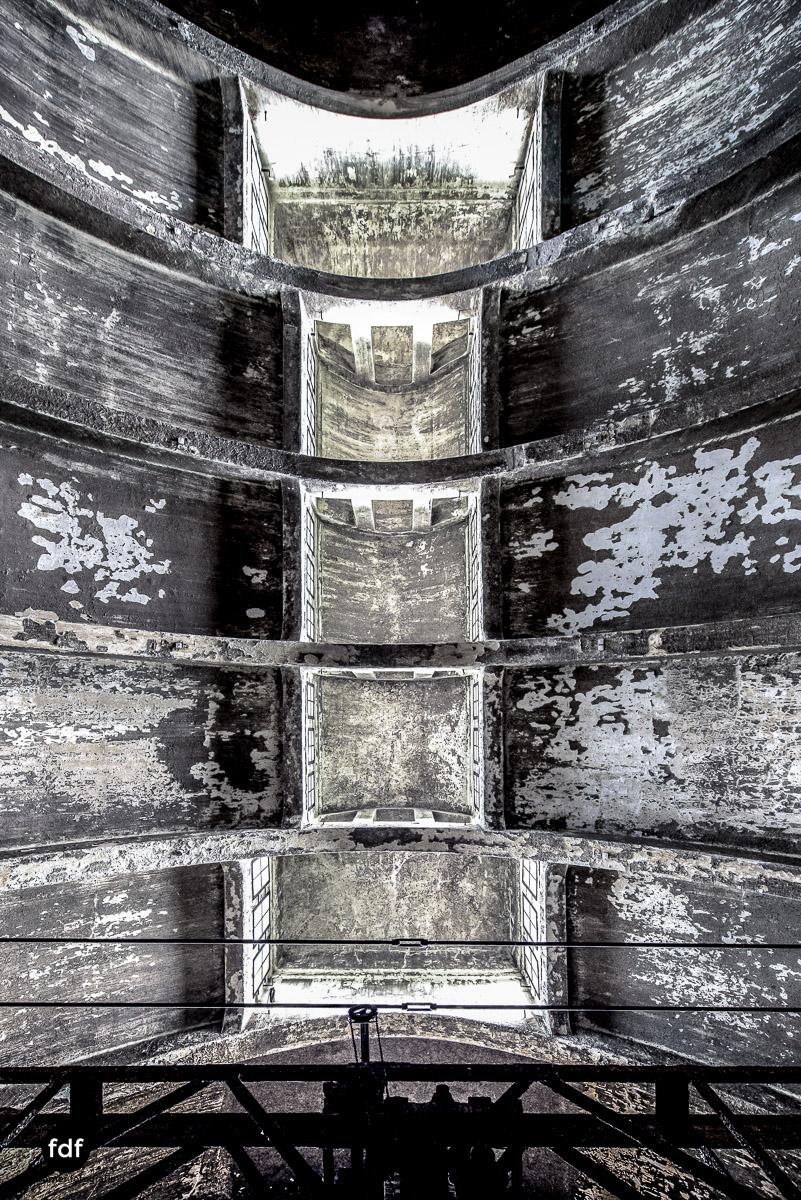 Die-Pumpstation-Wasserwerk-Urbex-Lost-Place-Deutschland-2-2.jpg