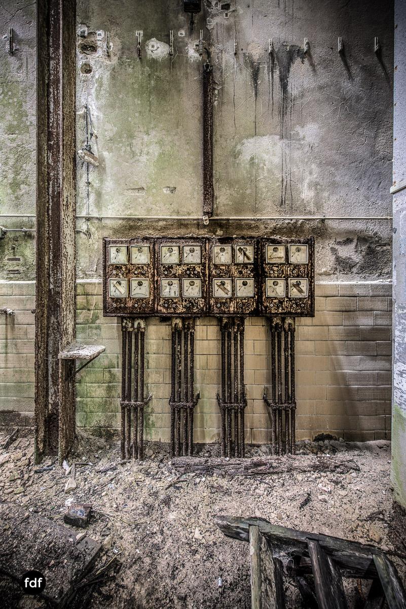 Papierfabrik-2-Kraftwerk-Urbex-Lost-Place-NRW-4.jpg