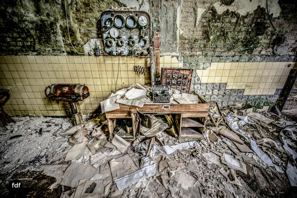 Papierfabrik-2-Kraftwerk-Urbex-Lost-Place-NRW-7.jpg