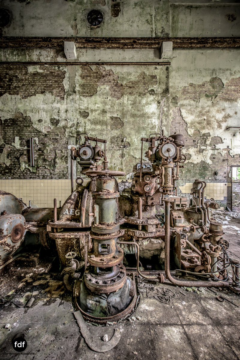 Papierfabrik-2-Kraftwerk-Urbex-Lost-Place-NRW-9.jpg