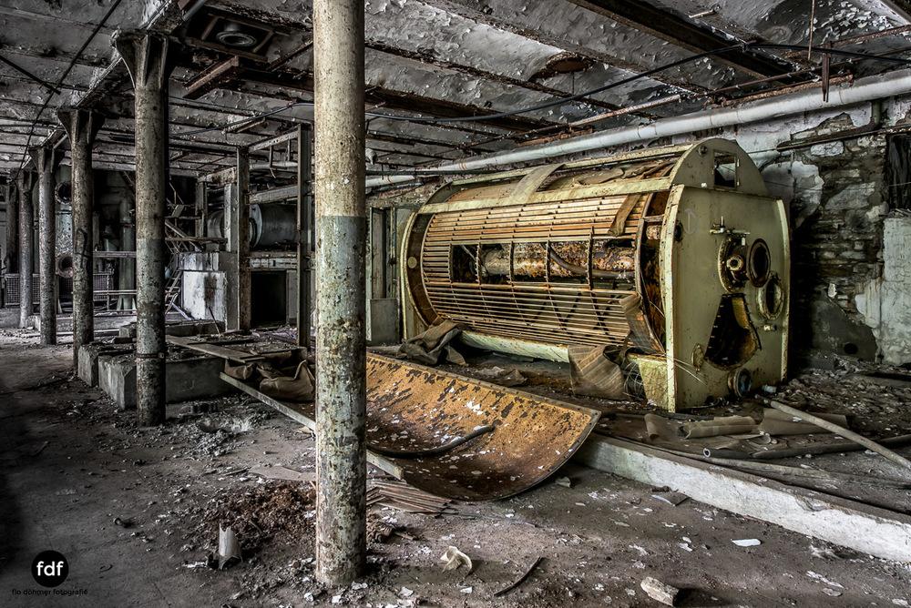 Papierfabrik-2-Kraftwerk-Urbex-Lost-Place-NRW-16.jpg