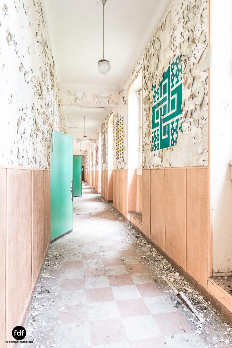 Das Mädchenpensionat-Internat-Schule-Urbex-Lost-Place-Frankreich-2.jpg