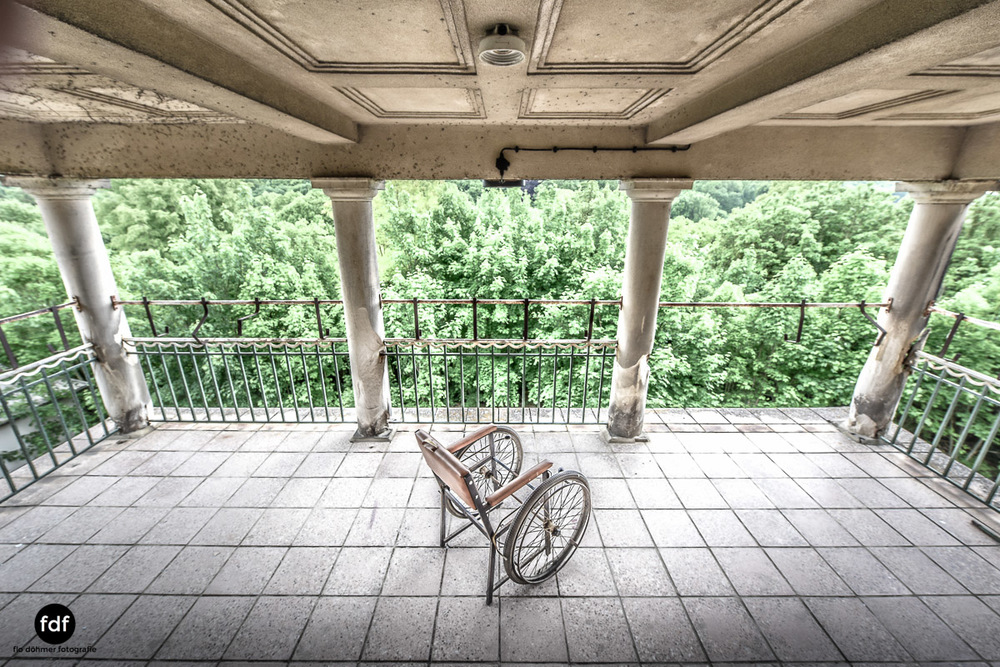 House-of-Wheelchairs-Urbex-Lost-Place-Altenheim-19.jpg