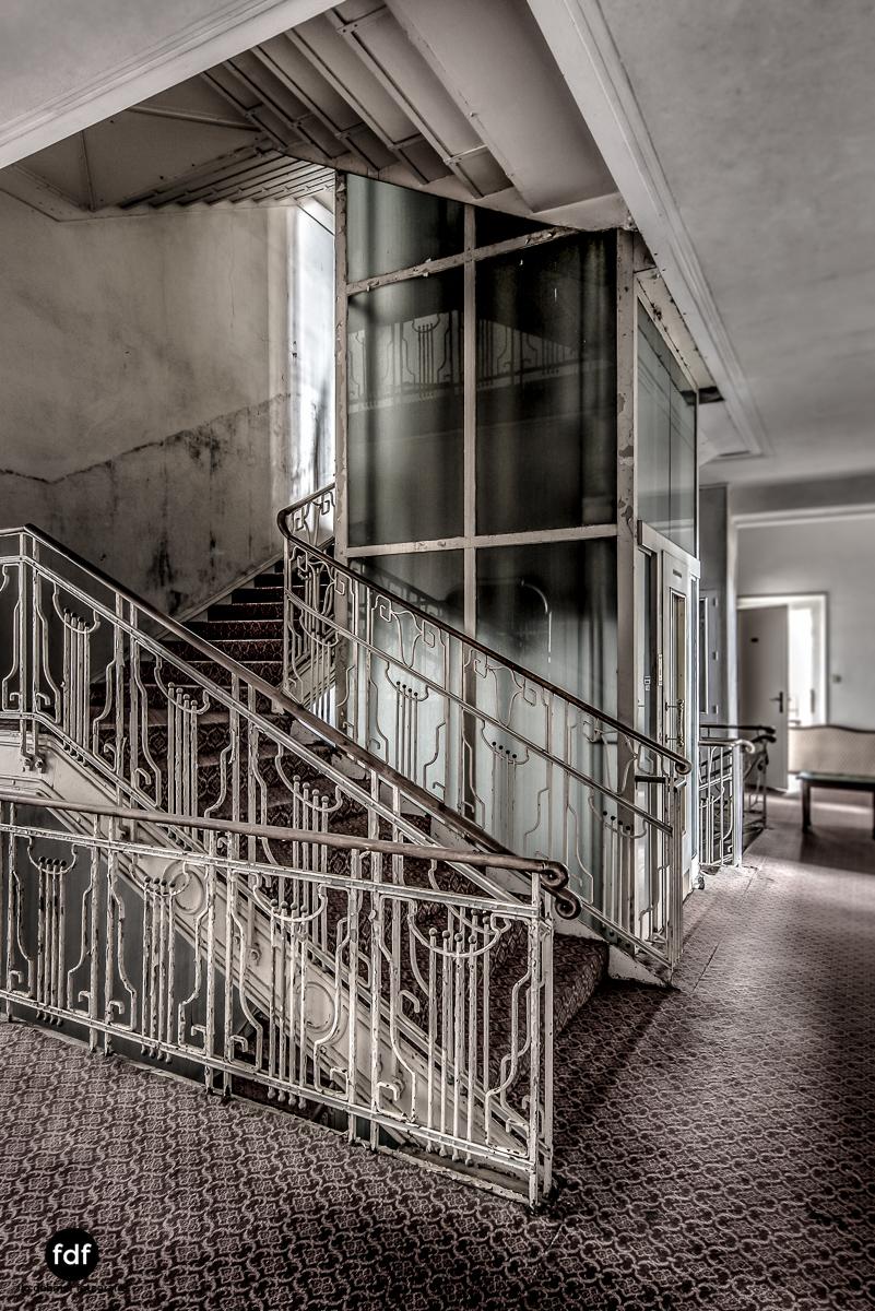 Grand-Hotel-Waldlust-Urbex-Verfall-Freudenstadt-Schwarzwald-5.jpg