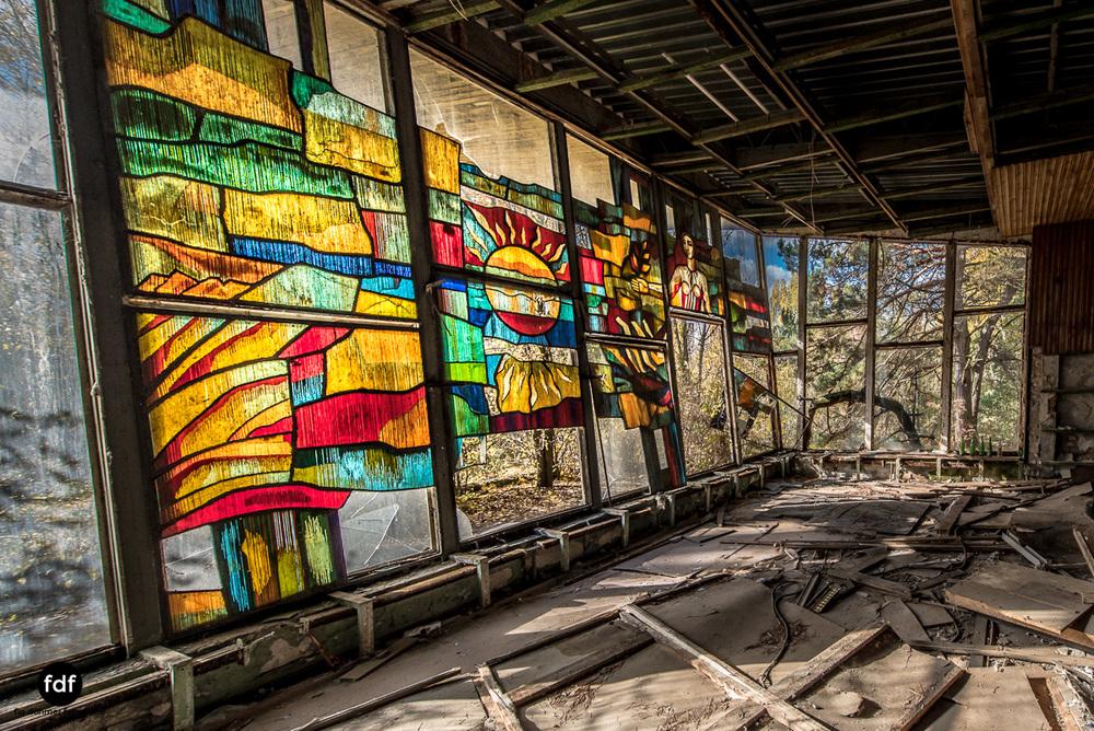 Tschernobyl-Chernobyl-Prypjat-Urbex-Lost-Place-Cafe-Prypjat-Prometheus-Klavierschule-7.jpg