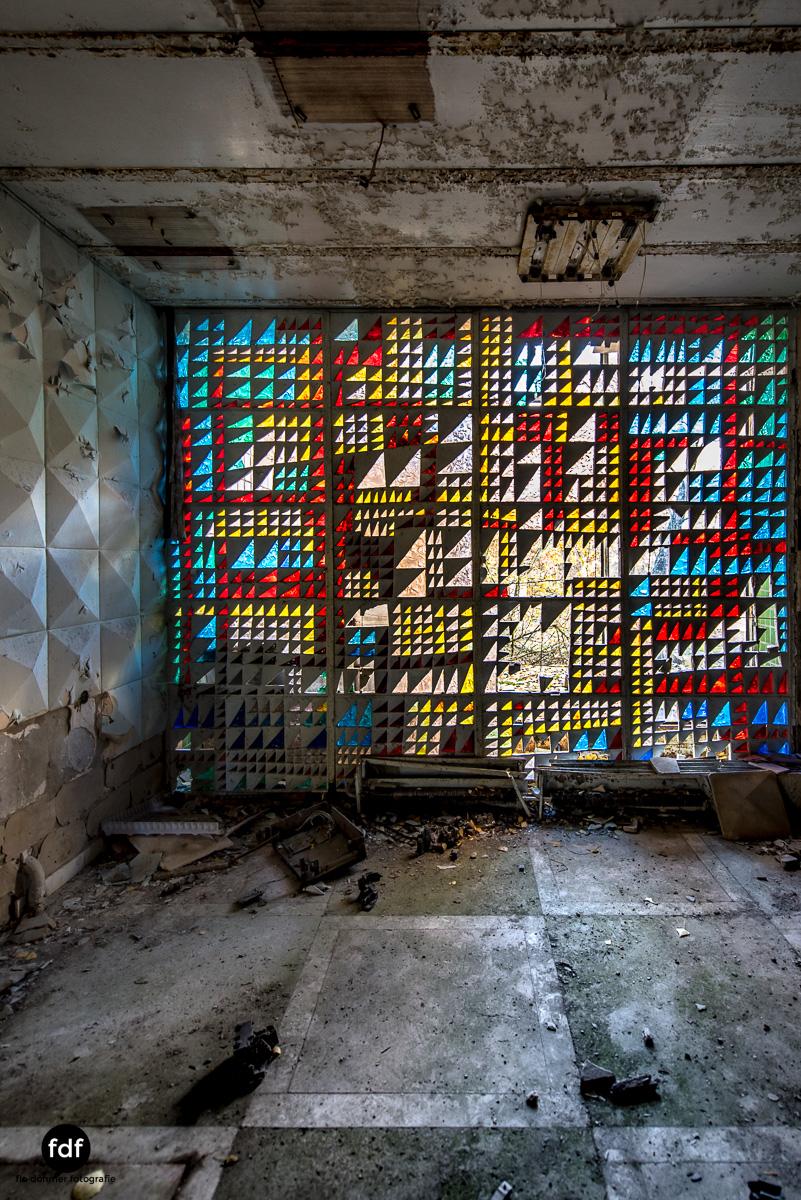 Tschernobyl-Chernobyl-Prypjat-Urbex-Lost-Place-Cafe-Prypjat-Prometheus-Klavierschule-15.jpg