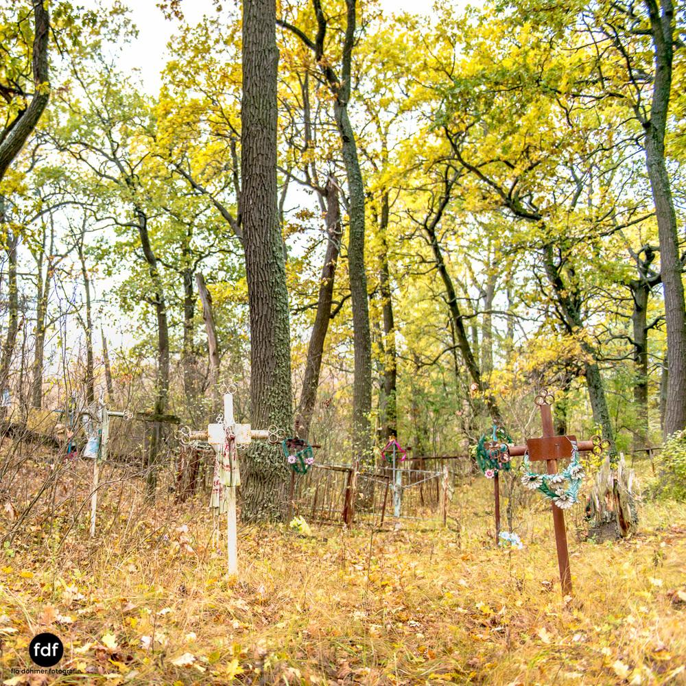 Tschernobyl-Chernobyl-Prypjat-Urbex-Lost-Place-Friedhof-Krasny-7.jpg