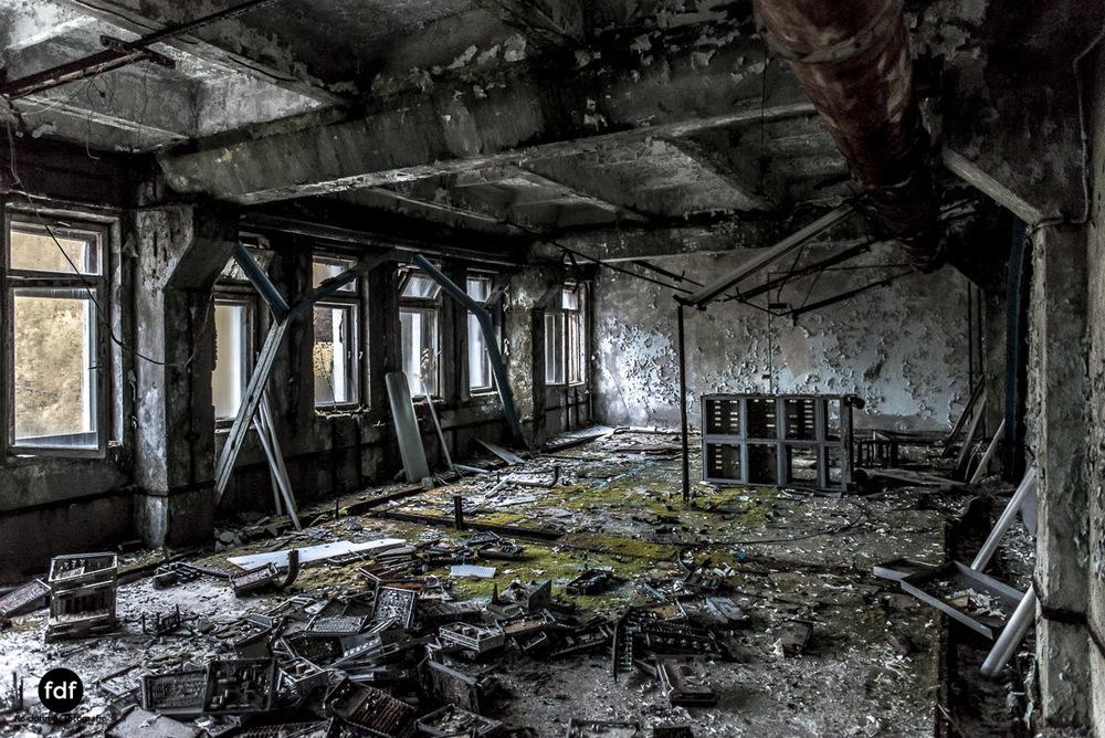 Tschernobyl-Chernobyl-Prypjat-Urbex-Lost-Place-Duga-Kontrolle-Propaganda-18.jpg