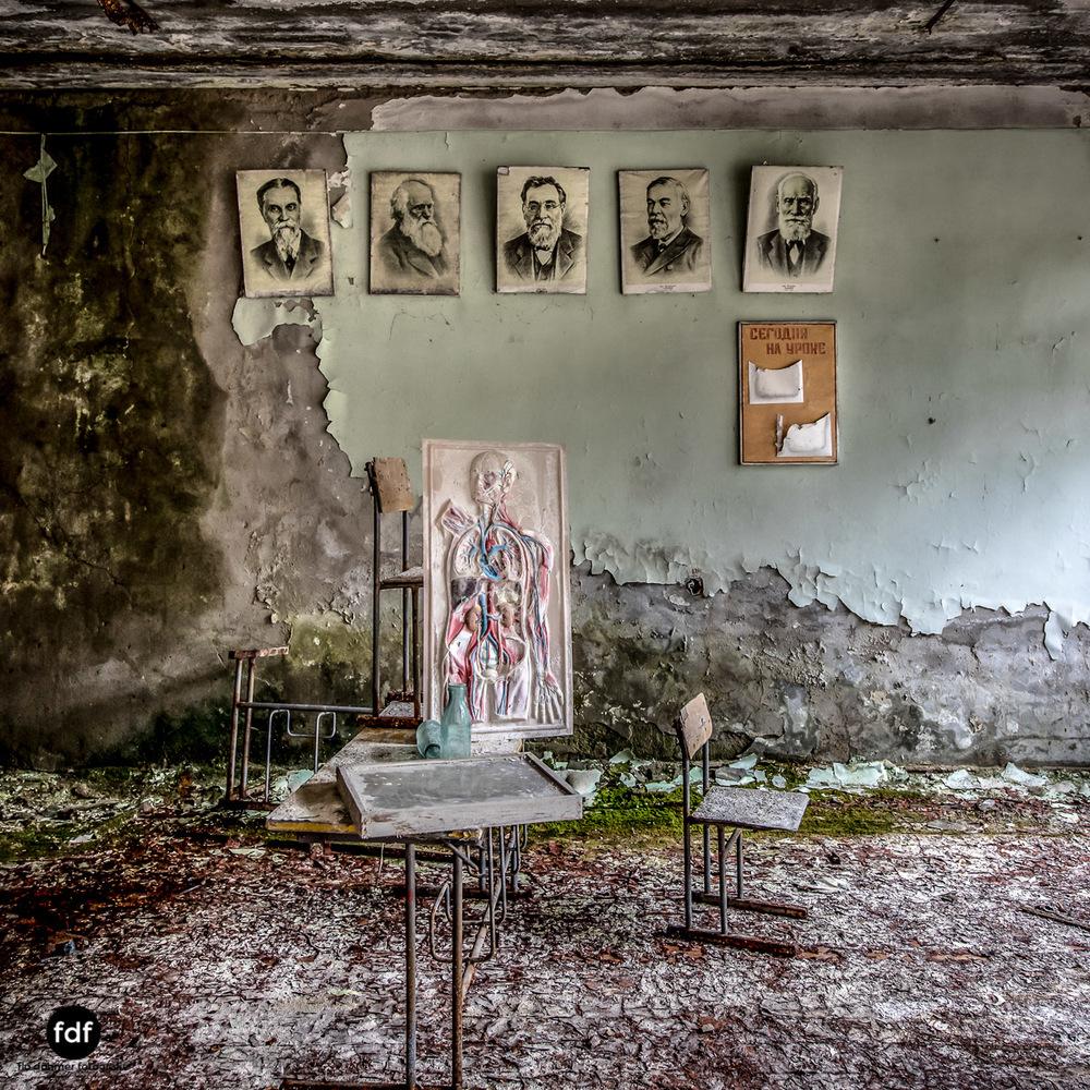 Tschernobyl-Chernobyl-Prypjat-Urbex-Lost-Place-Duga-Schule-Kino-10.jpg