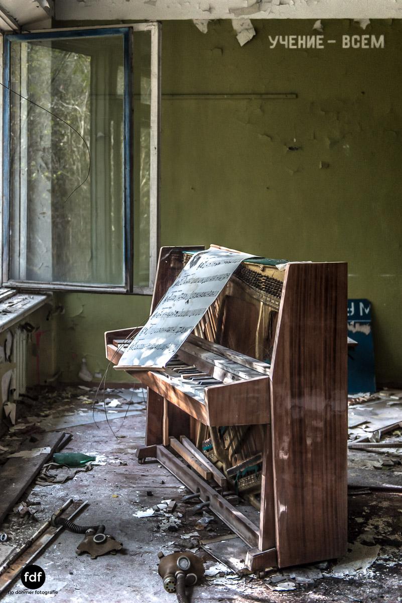 Tschernobyl-Chernobyl-Prypjat-Urbex-Lost-Place-Duga-Schule-Kino-15.jpg