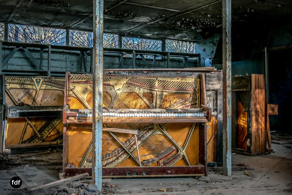 Tschernobyl-Chernobyl-Prypjat-Urbex-Lost-Place-Klavierhaus-Kindergarten-2.jpg