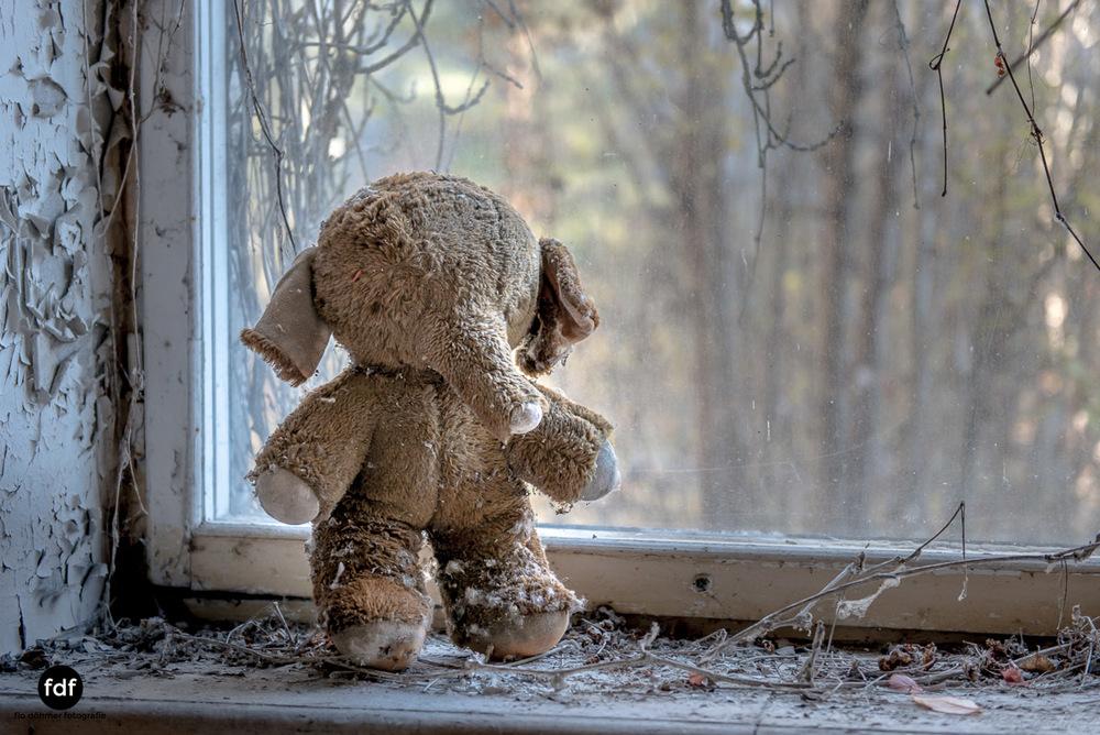 Tschernobyl-Chernobyl-Prypjat-Urbex-Lost-Place-Klavierhaus-Kindergarten-9.jpg