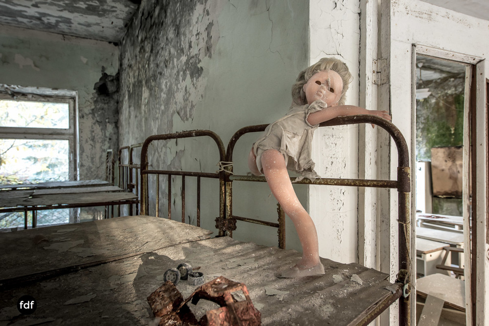 Tschernobyl-Chernobyl-Prypjat-Urbex-Lost-Place-Klavierhaus-Kindergarten-23.jpg