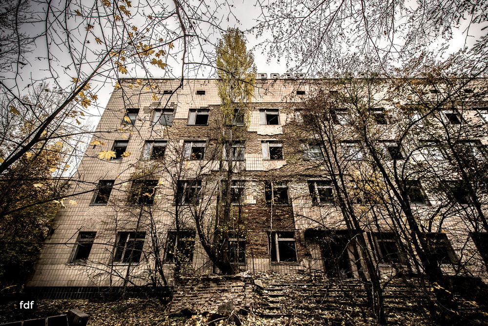 Tschernobyl-Chernobyl-Prypjat-Urbex-Lost-Place-Krankenhaus-1.jpg