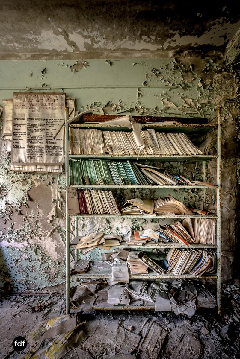 Tschernobyl-Chernobyl-Prypjat-Urbex-Lost-Place-Krankenhaus-20.jpg