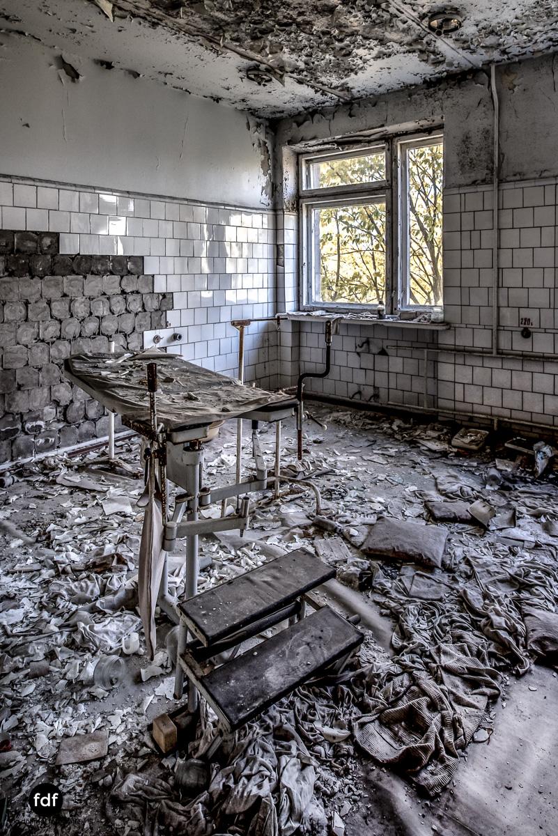 Tschernobyl-Chernobyl-Prypjat-Urbex-Lost-Place-Krankenhaus-33.jpg